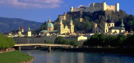 Feel free and travel to Austria